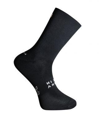 ESSENTIAL BLACK SOCKS